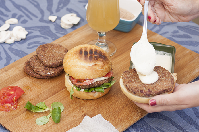 la-cuchara-azul-hamburguesa-judias-alubias-rojas_5
