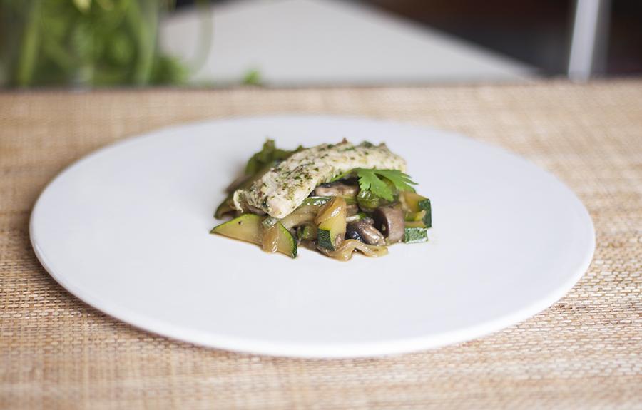 lacucharazul-1-pesto-cilantro-almendras
