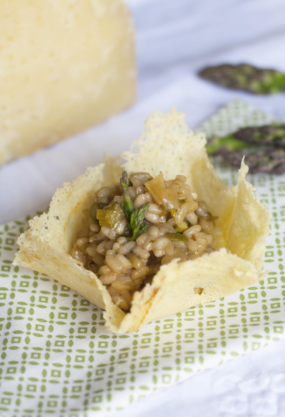 risotto espárragos verdes en vasito de queso manchego