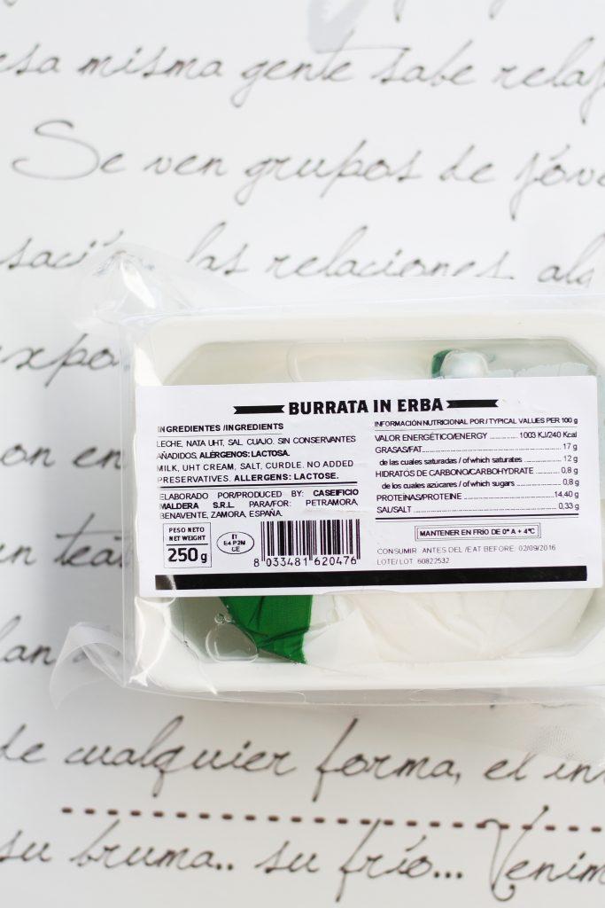 Crostini de jamón y burrata fresca - Petra Mora