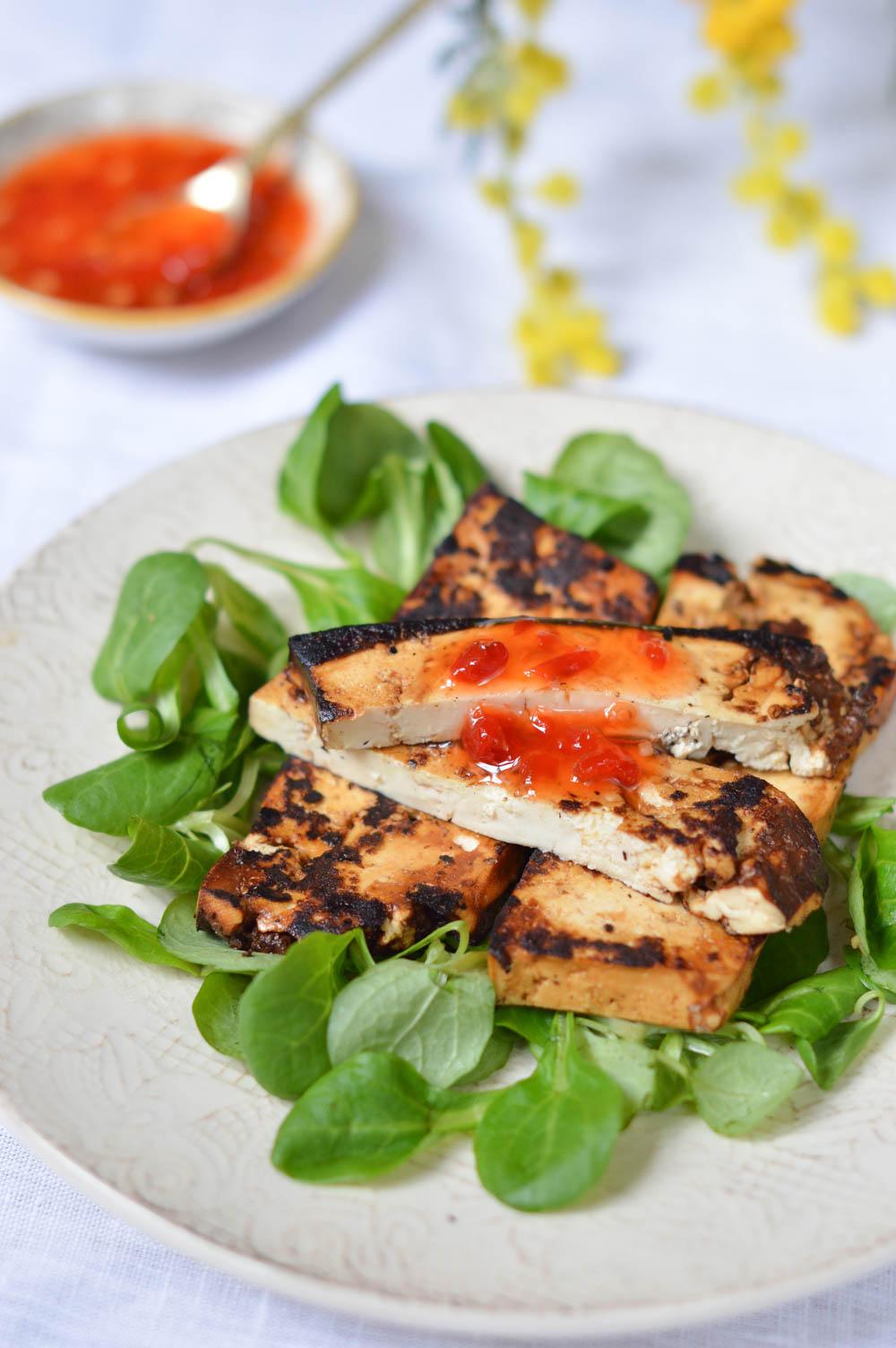 Tofu marinado con jengibre y miel   La Cuchara Azul El tofu no es algo con  lo que haya experimentado mucho, pero conozco una tienda de alimentación  china que tiene muchísimas cosas,